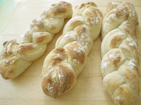 sourdough plaited bread