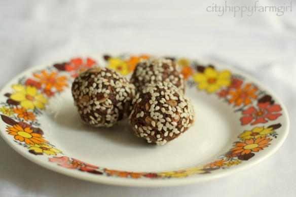 choc energy balls copy