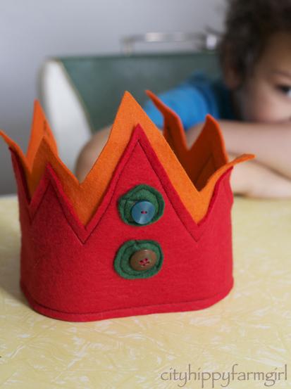 felt crown- cityhippyfarmgirl