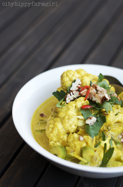 cauliflower curry || cityhippyfarmgirl