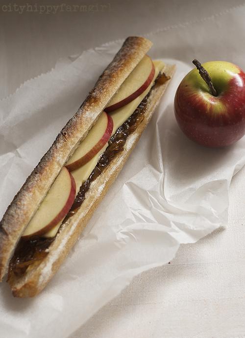 lunch time sandwich || cityhippyfarmgirl