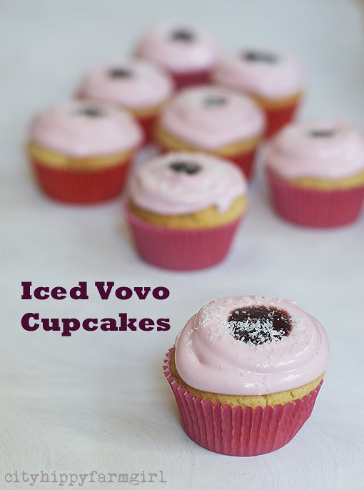 iced vovo cupcakes recipe || cityhippyfarmgirl