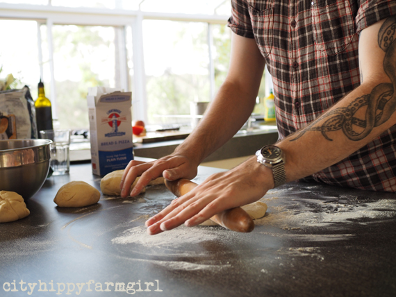 pizza making || cityhippyfarmgirl