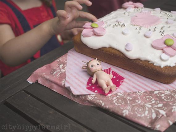 birthday cake || cityhippyfarmgirl