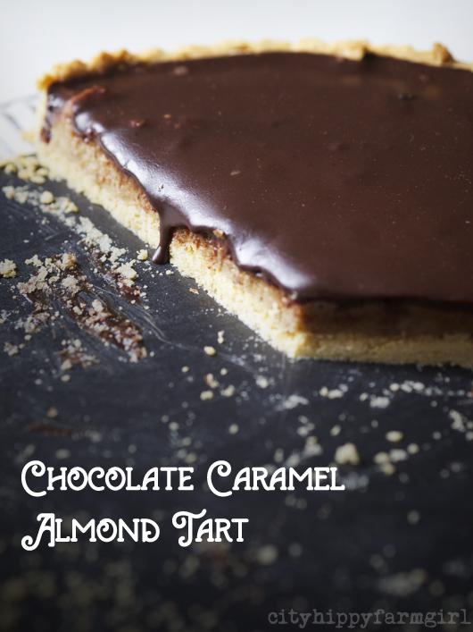 chocolate caramel almond tart || cityhippyfarmgirl