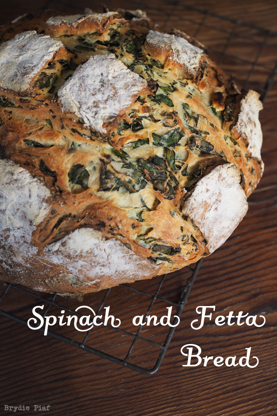 Spinach and Fetta Bread 01 || cityhippyfarmgirl